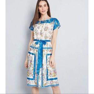ModCloth Sunlit Reverie Floral Dress M Scarf Print